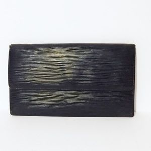 Louis Vuitton black epi long snap wallet